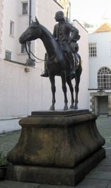 John Wesley on Horseback, statue in the courtyard of The New Room chapel, Bristol. Credit: Jongleur100